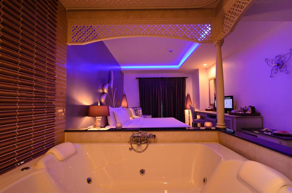 jacuzzi-privatif-hotel-bangkok-chillax